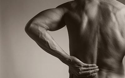 Symptoms of lumbar spondylosis, muscle spasms,