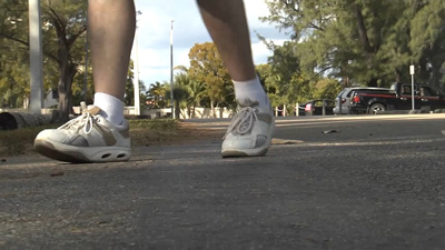 Causes of Ligament Tear, sprained ankle, heel sport shoes
