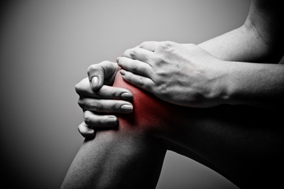 Symptoms of Ligament Tear, knee pain